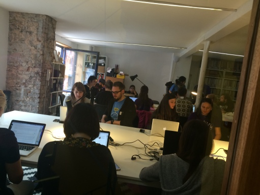 Picture of attendees at RailsGirls Manchester Event
